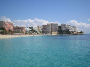 Magaluf. – Image source: http://en.wikipedia.org/wiki/Magaluf#mediaviewer/File:Magalluf-Mallorca-rafax.JPG